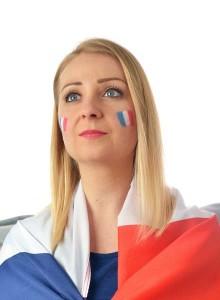 maquillage drapeau france sur joue. maquillage supporter enfant
